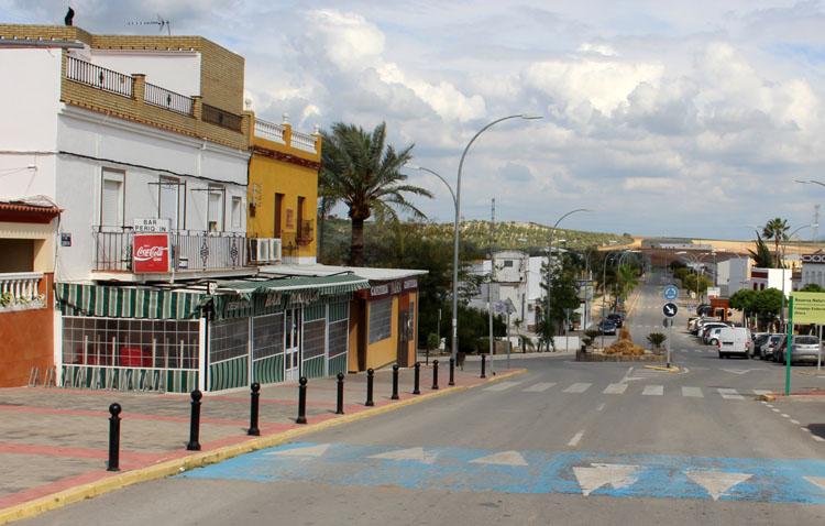 El Palmar de Troya mantiene el cierre de su actividad no esencial pese a bajar del millar de contagios por cada 100.000 habitantes