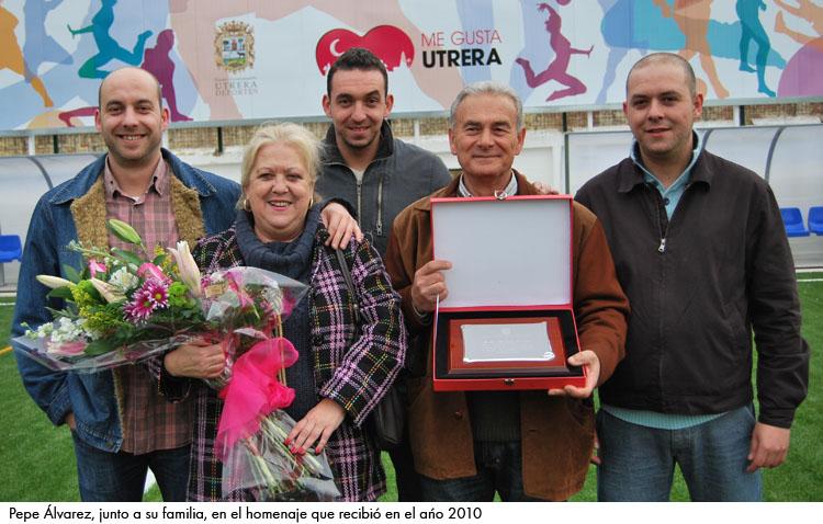 Homenaje conjunto de COPE Utrera (98.1 FM) y Uvitel TV al cronista deportivo Pepe Álvarez