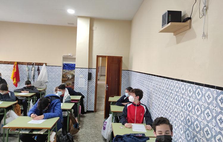 Los Salesianos, uno de los primeros colegios de Utrera en instalar purificadores en sus aulas