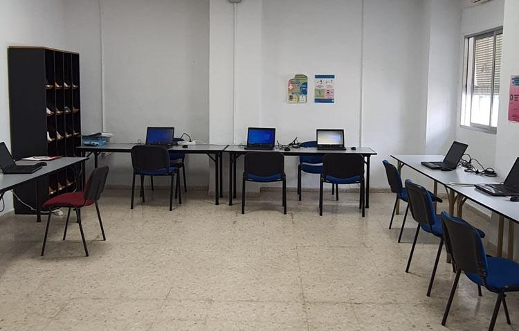 El servicio Andalucía Orienta regresa a Utrera para mejorar la empleabilidad y la búsqueda de trabajo entre los parados