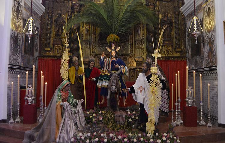 Sol de Domingo de Ramos para una Semana Santa de Utrera en la que nada es como siempre [GALERÍA]