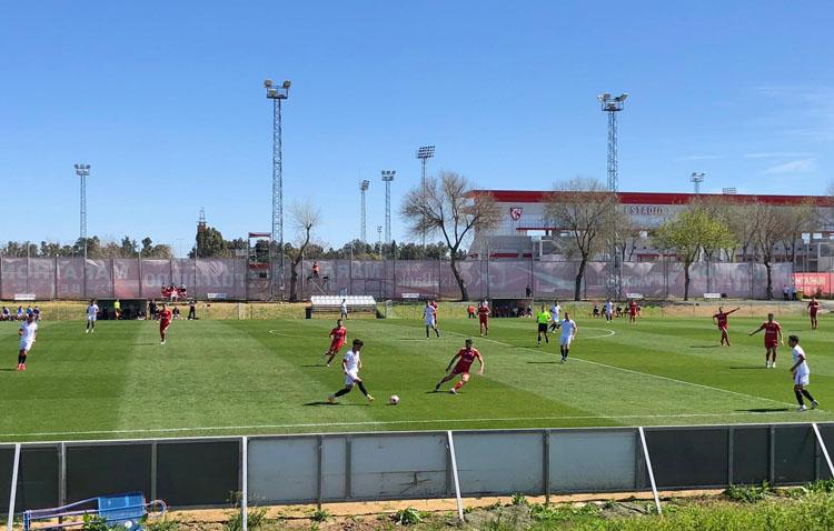 SEVILLA F.C. C 0 – 3 C.D. UTRERA: Tres puntos que valen un puesto de play off