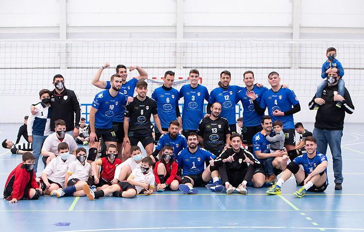 El Club Voleibol Utrera, campeón de la Primera División, se prepara para el salto a SuperLiga-2