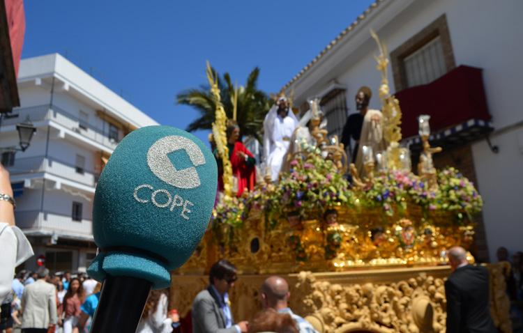 COPE Utrera (98.1 FM) rememora el Domingo de Ramos gracias a «El Transistor Cofrade» [AUDIO]