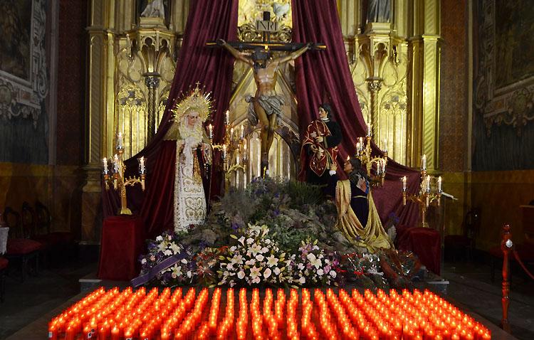 La luz de la fe ilumina el Martes Santo en Utrera [GALERÍA]