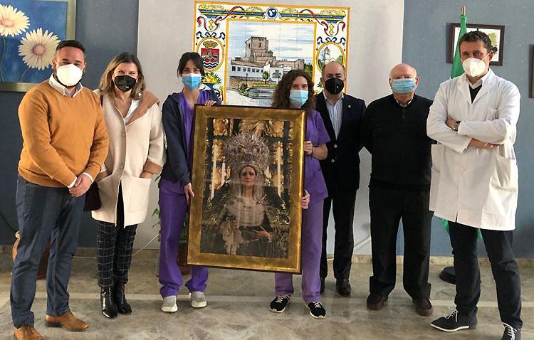 La «visita» más especial de la Virgen de la Amargura al geriátrico de Utrera