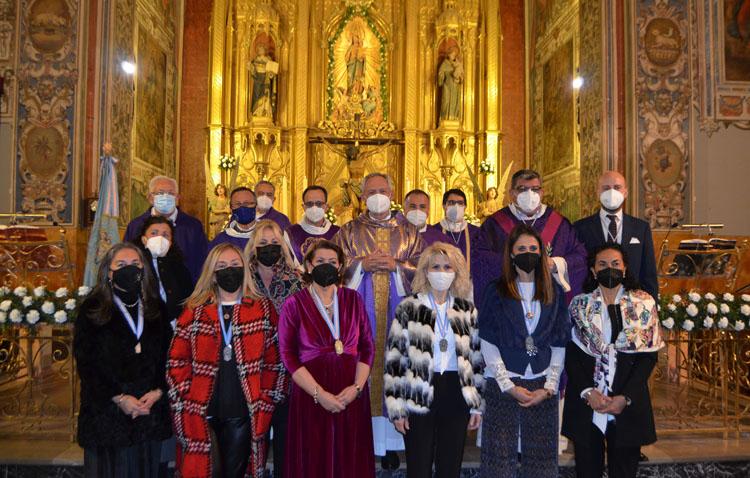 El recuerdo a quienes han dado vida a la asociación de María Auxiliadora de Utrera protagoniza la misa del 125º aniversario