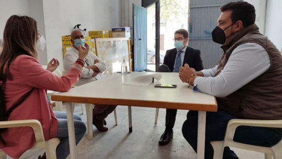 Ciudadanos reclama a la Diputación que ayude al comedor social de Utrera para dar de comer «a casi 600 personas diarias»