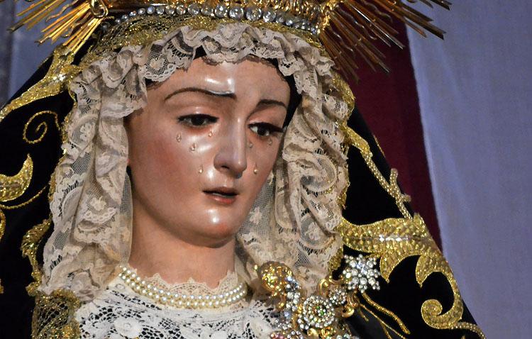 La hermandad de Jesús Nazareno celebra los cultos anuales en honor a la Virgen de las Angustias