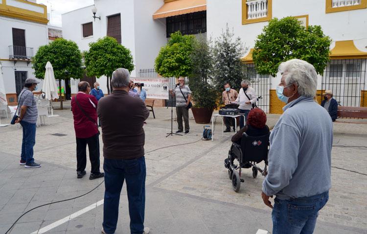 Utrera vuelve a salir después de un año a la calle a defender las pensiones