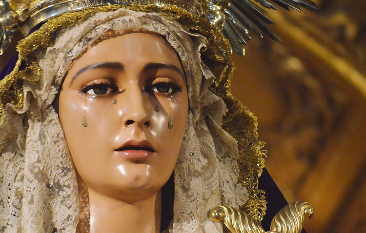 Cultos en honor a la Virgen de las Lágrimas