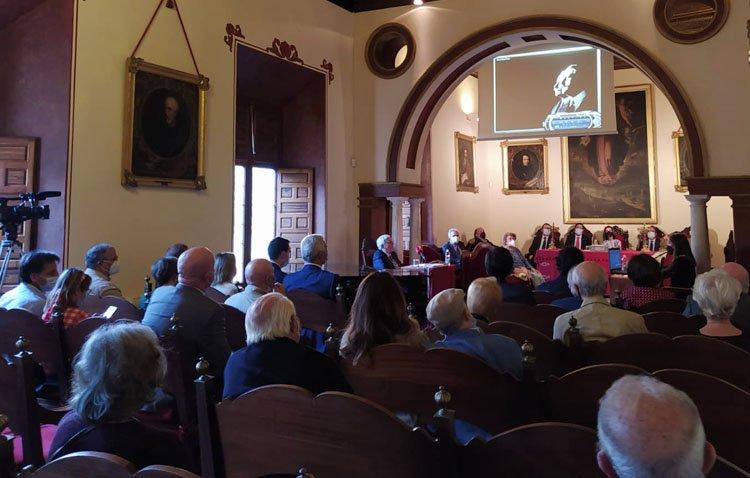 Sevilla descubre otra mirada sobre los Álvarez Quintero en la obra patrocinada por la Fundación Caja Rural de Utrera