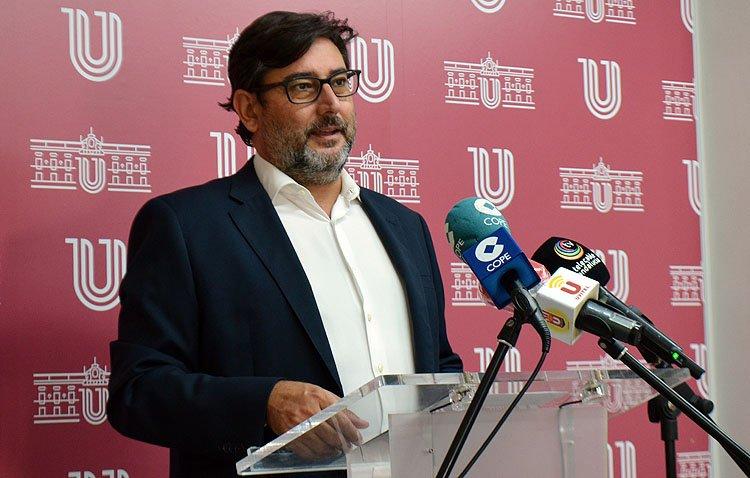 El Ayuntamiento de Utrera reduce su deuda en 18 millones de euros en los últimos nueve años