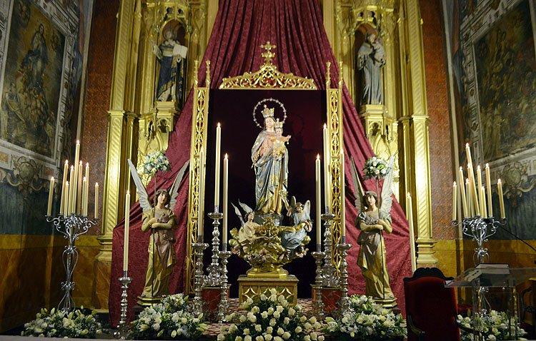 Lunes festivo en Utrera con las miradas puestas en María Auxiliadora