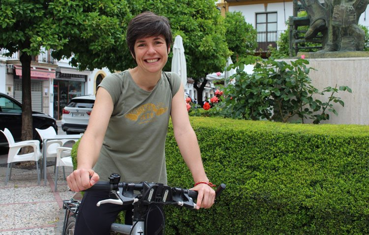 La parada en Utrera de un apasionante viaje en bicicleta por los 106 pueblos de la provincia