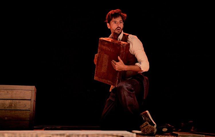 El conocido actor Juan Diego Botto llega al teatro de Utrera con una obra sobre Lorca