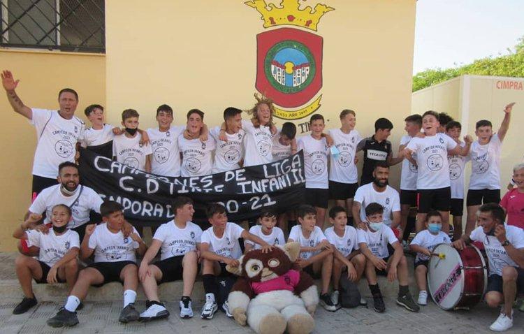 La cantera del Club Deportivo Tinte pisa fuerte con el ascenso de su equipo infantil