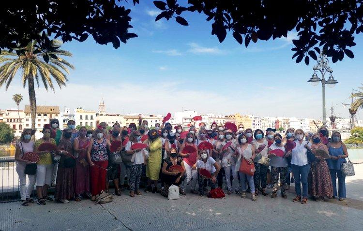 Redescubriendo Sevilla de la mano del grupo «Amigas de Utrera»