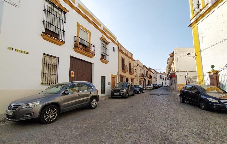 El Ayuntamiento de Utrera aprueba el proyecto de reurbanización de la calle San Fernando