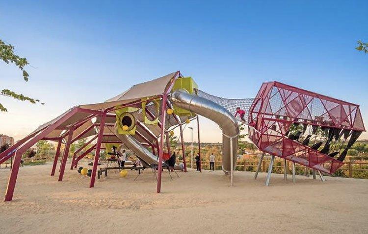 Un megadinosaurio de 17 metros de altura, protagonista de la nueva «ciudad de los niños» prevista en el parque de La Libertad