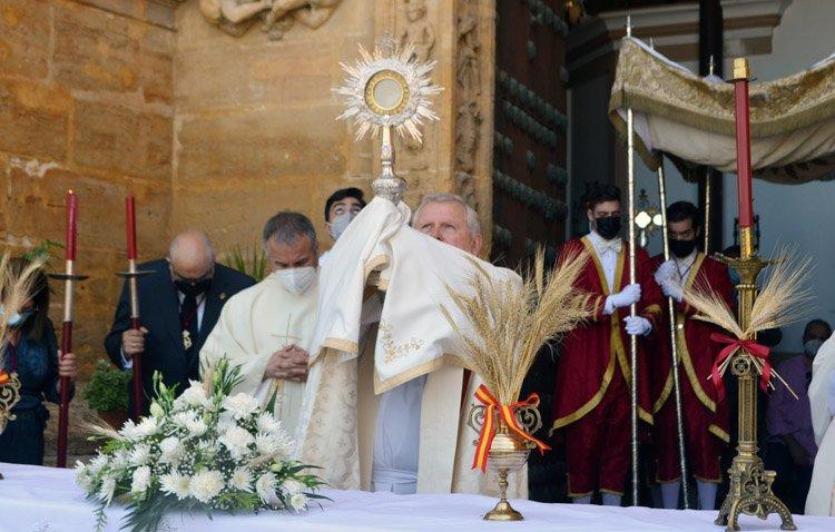 Una «custodia viva» para Jesús Sacramentado en otro Corpus Christi de gozo interior [GALERÍA FOTOGRÁFICA]