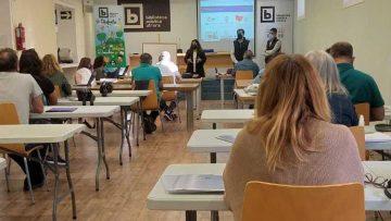 Frente común del Ayuntamiento y empresas de Utrera para favorecer la inserción laboral a través de formación remunerada