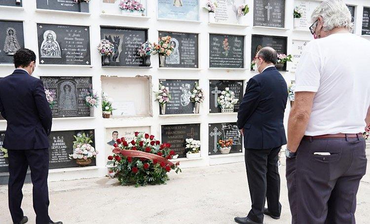 El alcalde anuncia que «en los próximos días» se tomarán decisiones sobre el homenaje de Utrera a José Antonio Reyes