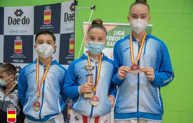 Tres utreranos del club de kárate ON Sport&Wellness logran cinco medallas en el Campeonato de España