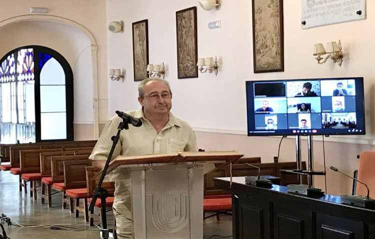 Vicente Llorca toma posesión como concejal del Ayuntamiento de Utrera tras el fallecimiento de José Manuel Doblado Lara