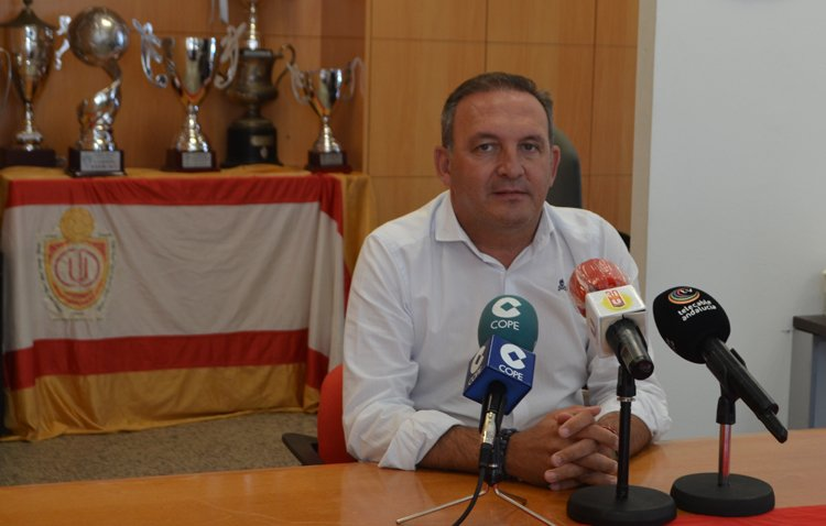 Antonio Camino seguirá rigiendo los destinos del Club Deportivo Utrera durante los próximos cuatro años