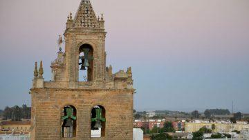 Un recorrido por la historia de la parroquia de Santiago, uno de los hitos patrimoniales más importantes de Utrera