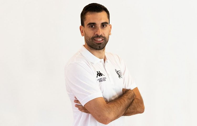 El jugador de voleibol Jesús Bruque desembarca en la Primera División de Chipre