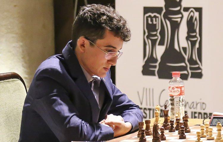 El utrerano Miguel Santos, presente en uno de los torneos de ajedrez más prestigiosos de España