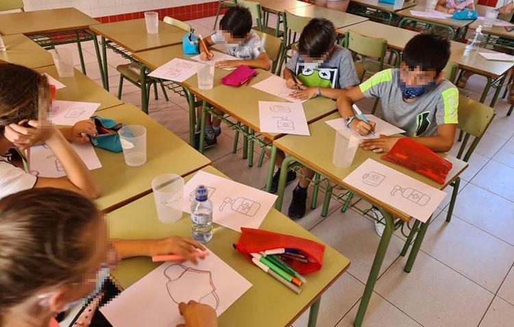 Una 'escuela de verano' con actividades lúdicas y formación para los chavales del proyecto 'Oberti'