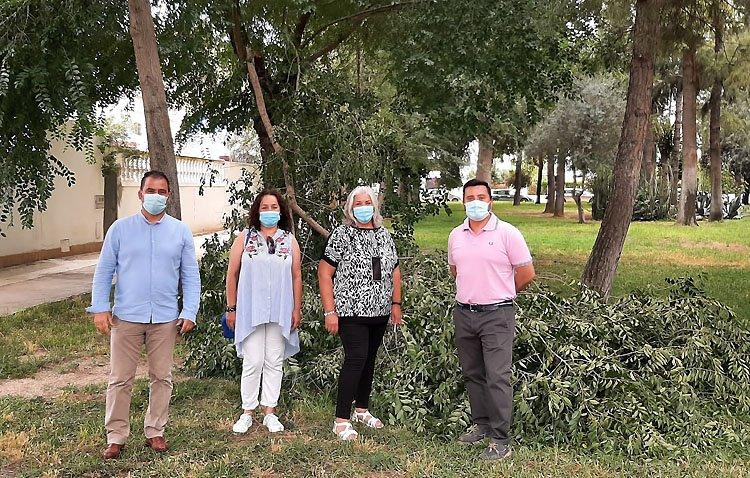 Vox pide al Ayuntamiento de Utrera una mejora del mantenimiento y limpieza en la barriada El Junquillo