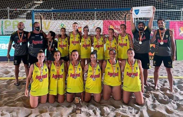 El Club Balonmano Playa Utrera consigue un hito histórico y se cuelga la medalla de plata en el Campeonato de España