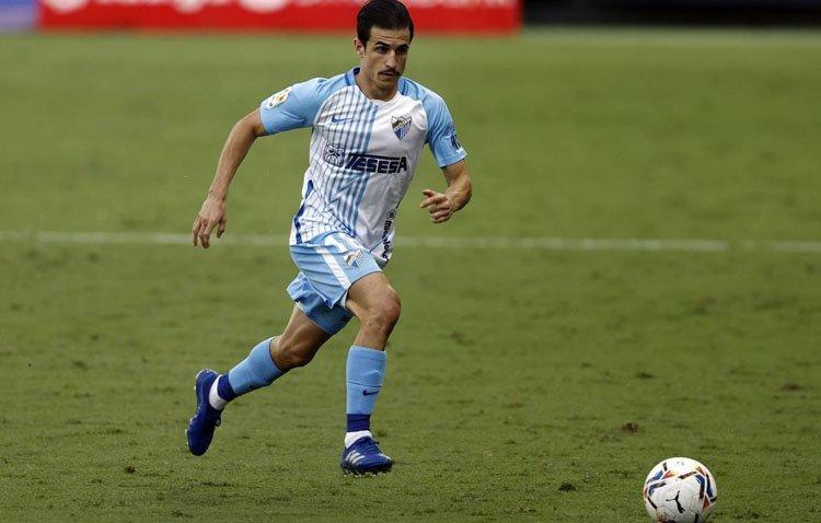 El futbolista utrerano José Joaquín Matos ficha por el Burgos para seguir creciendo en Segunda División