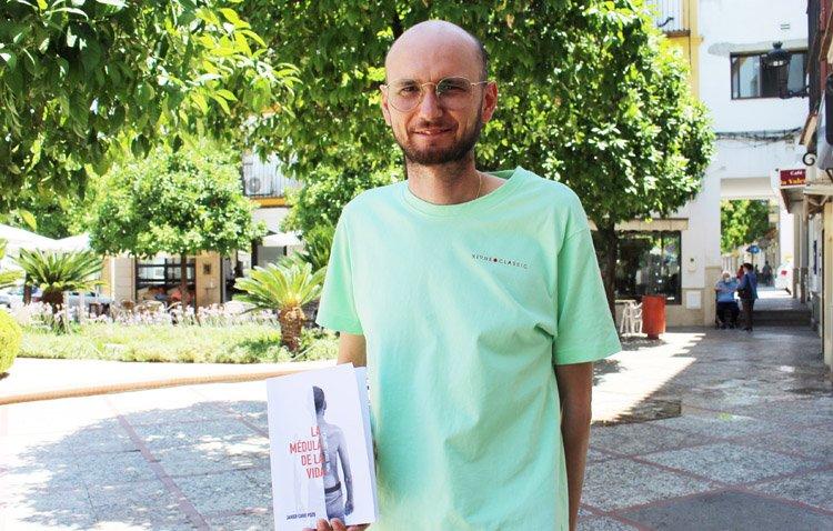 'La médula de la vida', el emotivo libro del utrerano Francisco Javier Caro tras hacer frente a la leucemia