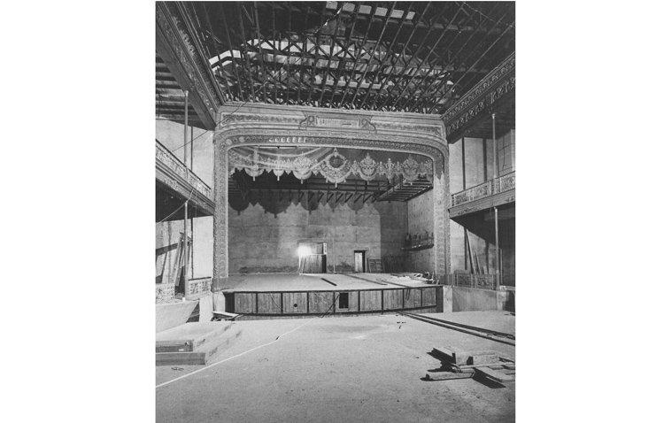 El teatro Enrique de la Cuadra, toda una joya para el disfrute cultural de Utrera