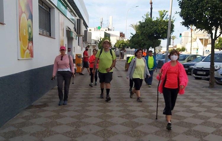 La asociación del Camino de Santiago de Utrera retoma su peregrinación por la Vía Augusta tras el parón por la pandemia