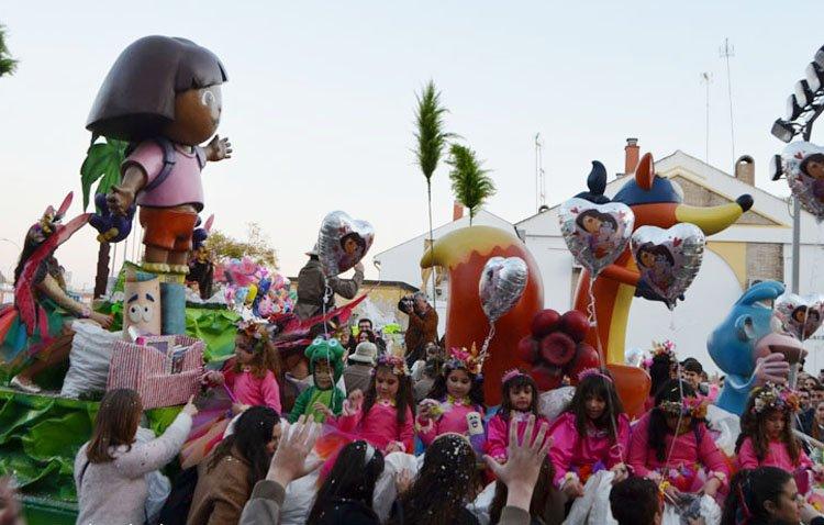 Cuentos y películas infantiles darán vida a las carrozas infantiles de la cabalgata de Utrera