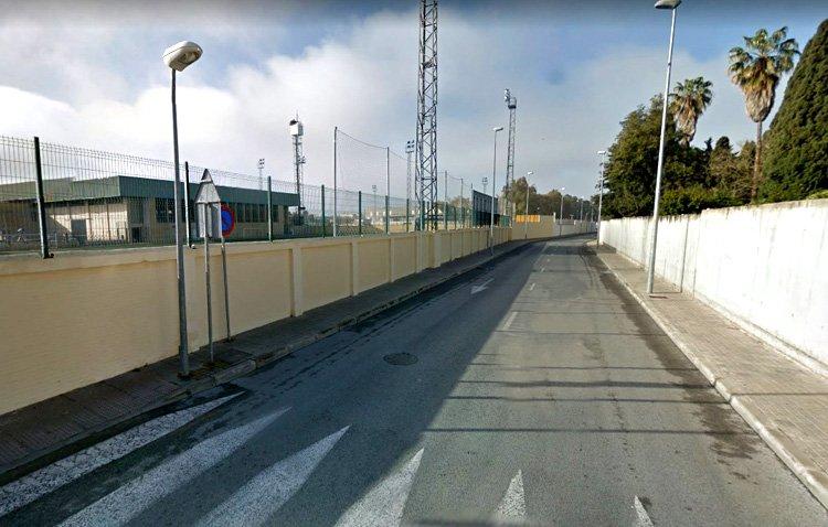 Un tramo de la calle Camino de la Espiritista quedará cerrado al tráfico varios días por las obras en el estadio San Juan Bosco
