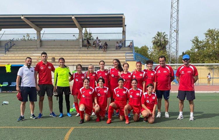 La Escuela de Fútbol de Utrera refuerza su apuesta por el fútbol femenino con la creación de un equipo cadete